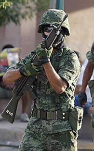 Mobsters attack the army in Monterrey, seven dead, including two women