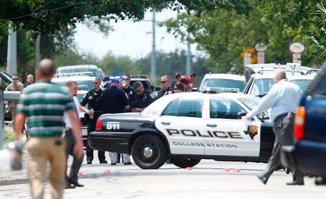 Three people killed at College Station Texas